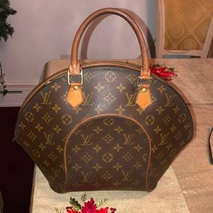 Authentic Louis Vuitton Ellipse GM
